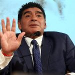 3336714493-maradona-em-evento-organizado-por-jornal-na-italia.jpg
