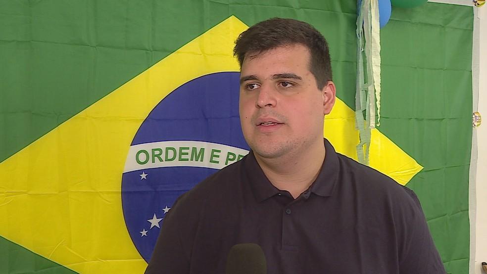Bruno Engler (PRTB) realizou uma reunião no comitê de campanha, no bairro Santo Agostinho, com motoristas do transporte escolar — Foto: Reprodução/TV Globo